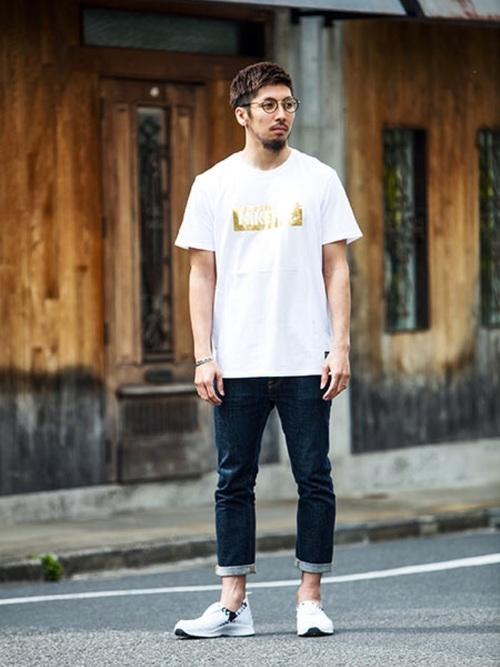 20代 社会人メンズの夏コーデ Tシャツ×デニム×スニーカー
